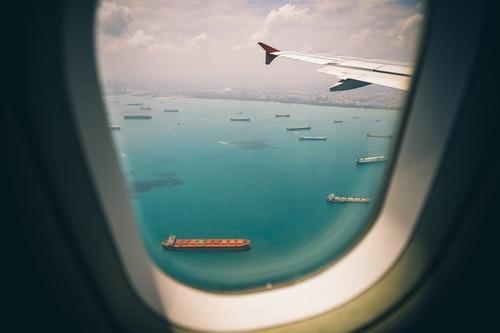 13 Travel Etiquette Tips